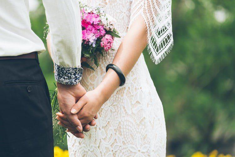 Matrimonio contratto segreto schemi relazionali ripetono